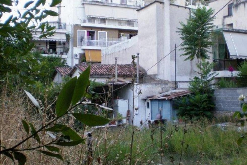 Καλογρέζα οικόπεδο 327 τμ προς πώληση