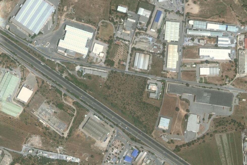 Αυλώνας βιομηχανικό οικόπεδο 18.000 τ.μ προς πώληση