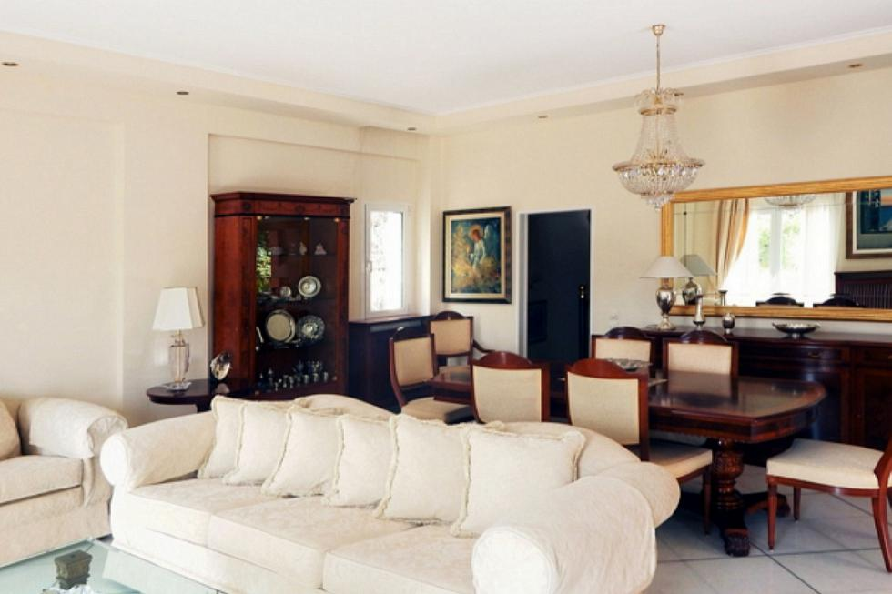 Άγιος Στέφανος, μονοκατοικία 390 τ.μ, πωλείται