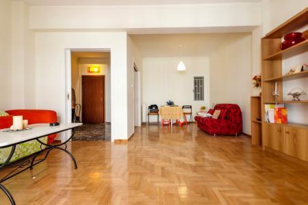 Πλατεία Αμερικής, διαμέρισμα 90 τ.μ προς πώληση