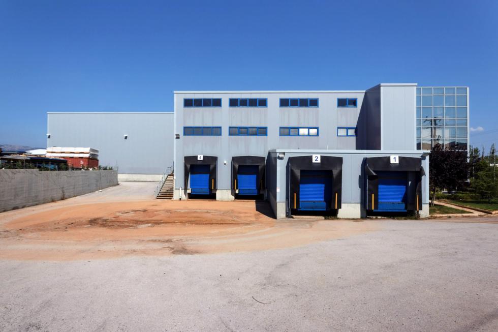 Μάνδρα βιομηχανικός  χώρος 3.300 τ.μ προς πώληση