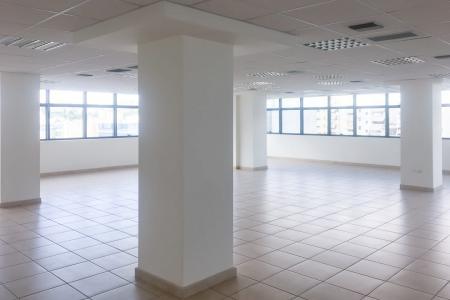 Νότια Αθήνα πωλείται κτίριο γραφείων 4.200 τ.μ