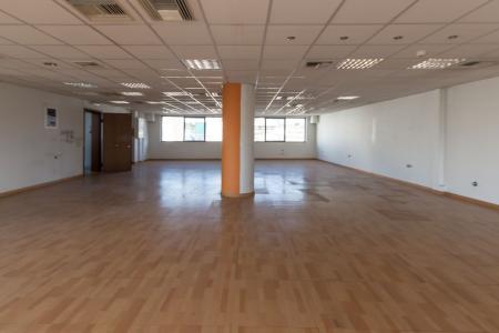 Αμπελόκηποι κτίριο 1.780 τ.μ προς επένδυση
