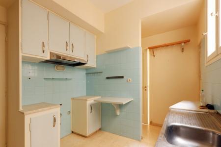 Κολωνάκι, πωλείται διαμέρισμα με θεα 180 τ.μ