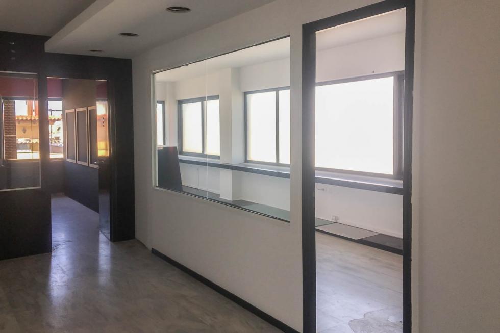 Μεταμόρφωση πώληση επαγγελματικού κτιρίου 975 τ.μ