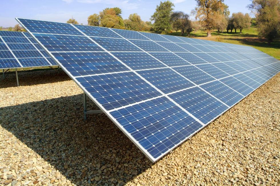 Πωλείται ΙΚΕ με 2 φωτοβολταϊκά πάρκα
